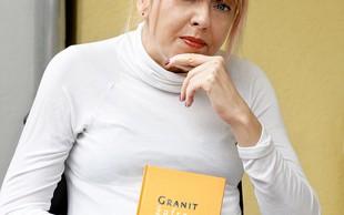 Barbara Pešut z avtobiografskim romanom Pisma iz JLA