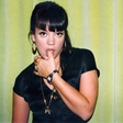 Lily Allen - od problematične najstnice do problematične zvezdnice
