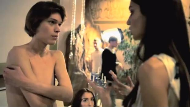 Pia se je kot Elvis v letu 2012 prijavila v oddajo Agencija Milano (foto: print screen)