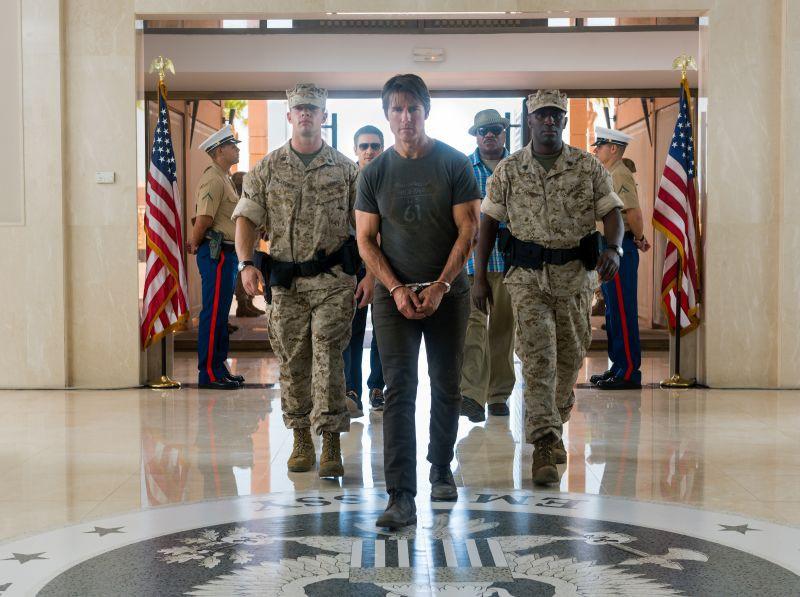 Jeremy Renner kot William Brandt  Tom Cruise kot Ethan Hunt in Ving Rhames kot Luther Stickell. (foto: promocija filma)