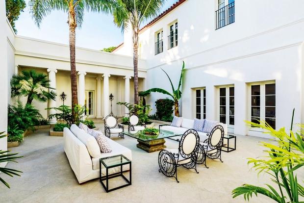 """Prodaja se  hiša iz filma """"Brazgotinec"""" (foto: Lea)"""