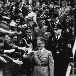 V iskanju Hitlerjevega bistva, ki bi razjasnil njegov rušilni vpliv na množice! (foto: profimedia)