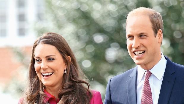Princ William bo vozil bolniški helikopter (foto: Lea)