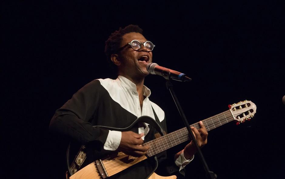 Neo Muyanga, skladatelj, libretist, glasbenik, pesnik ... (foto: Festival Exodos)