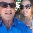 Med bizarnimi cvetkami tudi ta, da očka Stallone hčerkam prepoveduje zmenke!