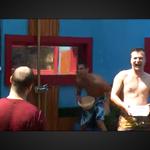 Tekmovalci so se v 'vodni vojni' izredno zabavali. (foto: printscreen)