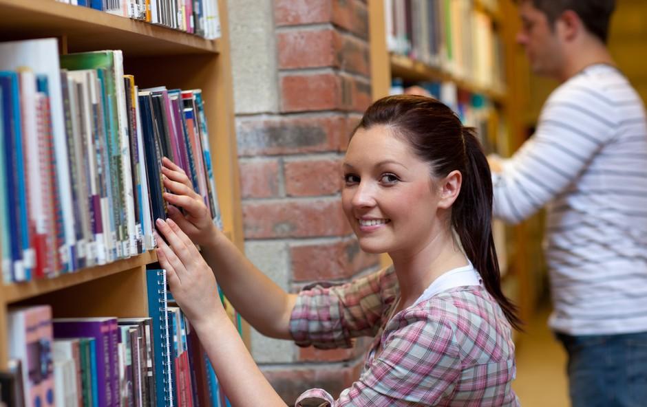 Nova knjižna bera romanov, biografij in priročnikov (foto: profimedia)