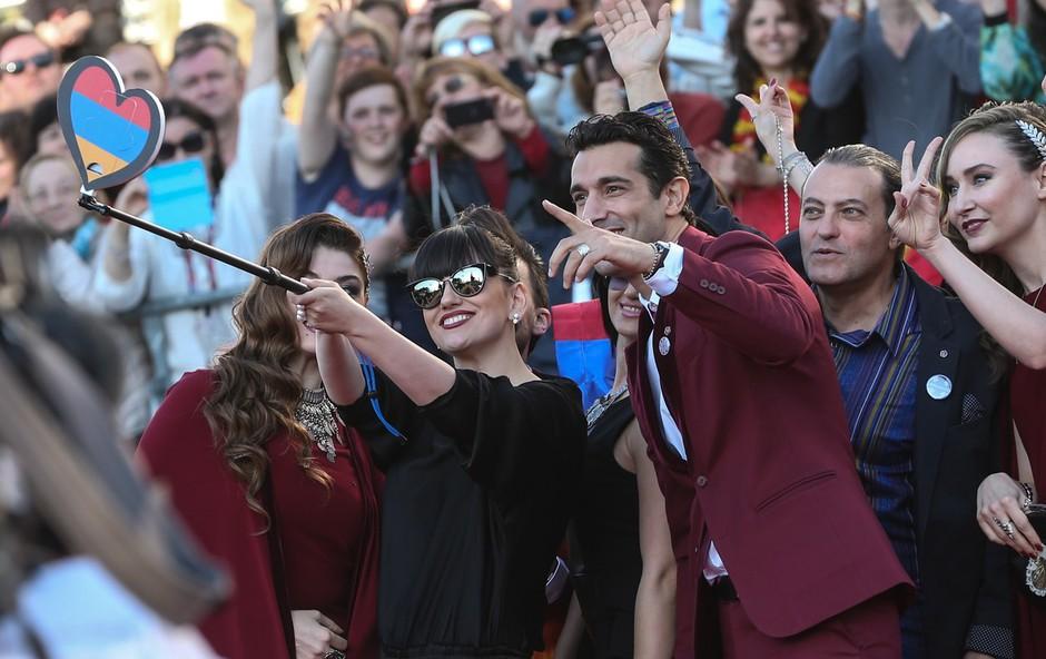 Socialno medmrežje aktivno tudi med Evrovizijo! (foto: Profimedia)