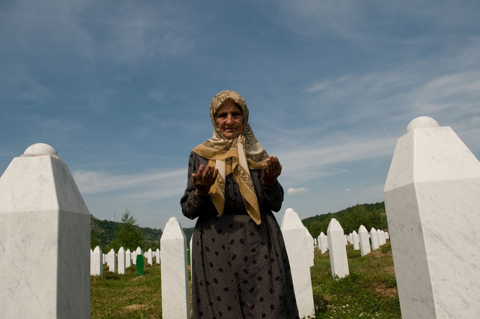 Razstava Srebrenica 1995 v Mestni hiši v Ljubljani  (foto: profimedia)