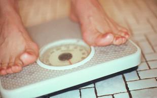 Izsledki raziskave: Preveč maščobe okrog pasu - manjši volumen možganov!