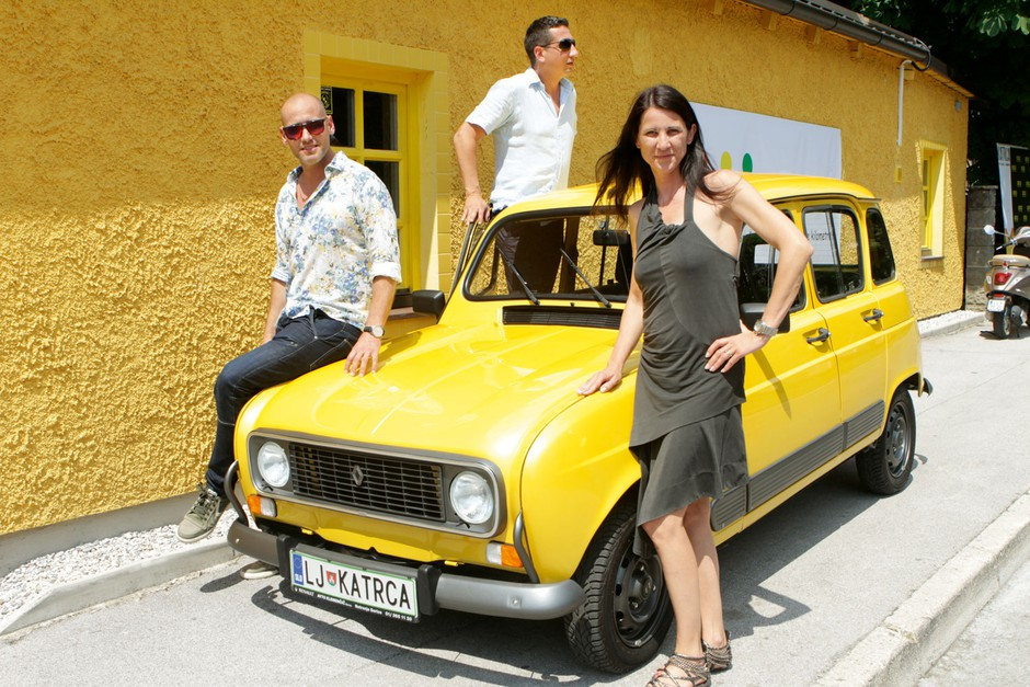Poslovni partnerji Peter Poles, Peter Brumnić in Pika Justinek Brumnić. (foto: Goran Antley)