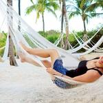 Številne bele peščene plaže so pravi raj za počitek. (foto: osebni arhiv)