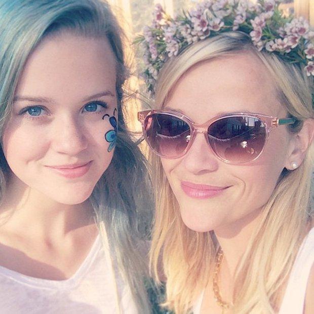 FOTO: Hčerka Reese Witherspoon je na las podobna mami