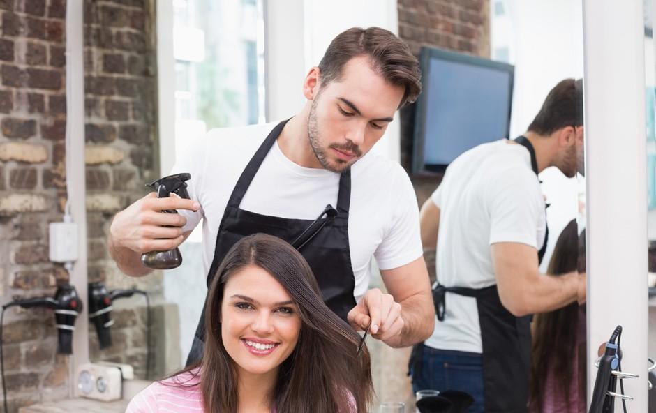 Dober frizer ti pove, če ti bo nekaj, kar si želiš, pristajalo ali ne (foto: Profimedia)
