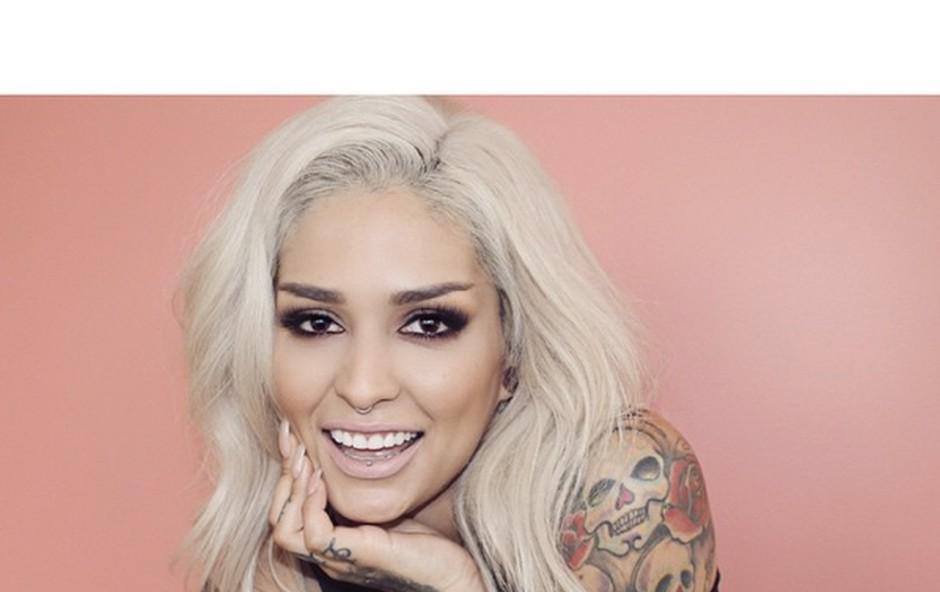Kdo je vizažistka, ki liči Rihanno? (foto: instagram.com/lora_arellano)