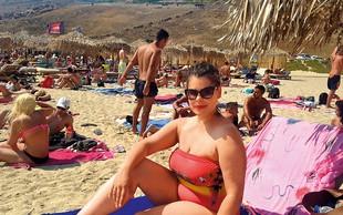 Ana Marija Mitič: Na vročih grških plažah