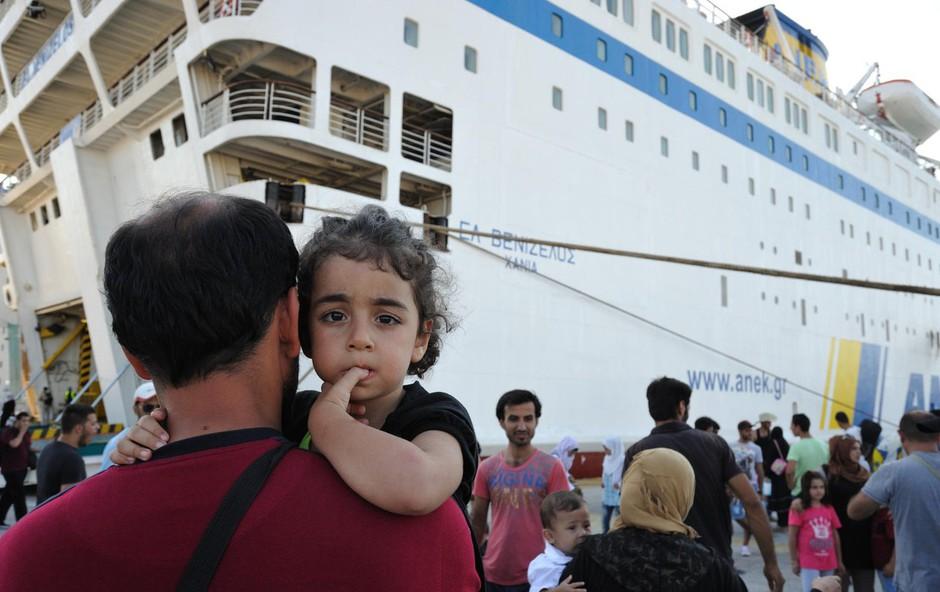 Naš RKS ne zbira za begunce v Grčiji, številni Slovenci pa se angažirajo kar samoinciativno! (foto: profimedia)