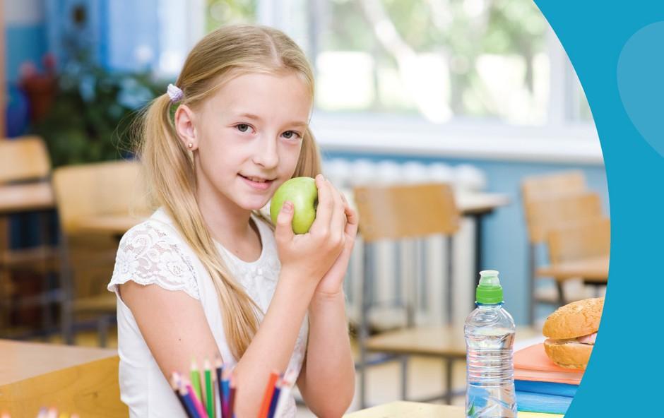 Donacija sredstev za šolsko malico (foto: Qlandia)