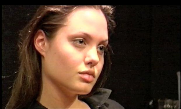 Tako se je Angelina Jolie pri 25tih učila igralske obrti! (foto: profimedia)