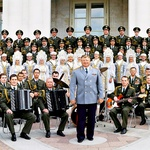 General Viktor Eliseev Zboru, orkestru in baletu Rdeče armade dirigira od leta 1974. (foto: Story Press)