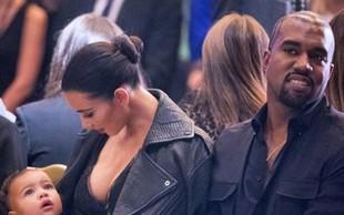 Pokukajte v sobane novega domovanja družinice Kardashian-West