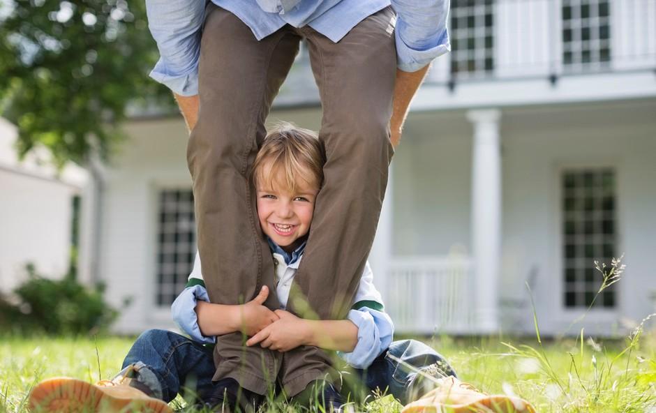 Kaj pomeni brezpogojno ljubiti otroka? (foto: Profimedia)