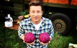 Jamie Oliver je shujšal za 12 kilogramov. Preverite, kakšen je njegov recept!