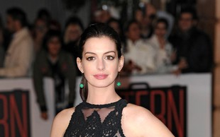 Anne Hathaway pri 32-tih prestara za Hollywood?
