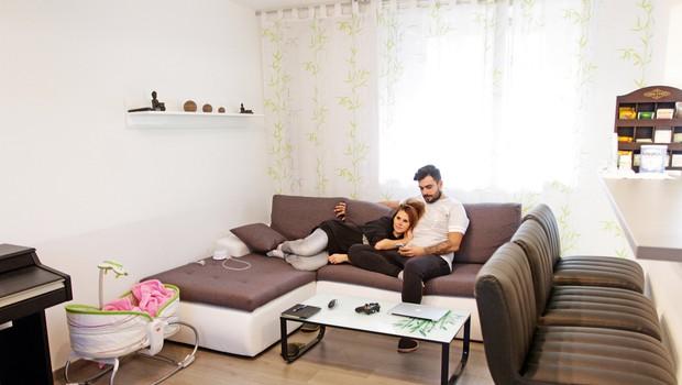 V tem stanovanju si  predstavljata tudi svoje  nadaljnje življenje, saj so  blizu vrtec, šola, otroška  igrišča, poleg tega pa še  Rožnik, Koseški bajer in tudi  center Ljubljane. (foto: Goran Antley)