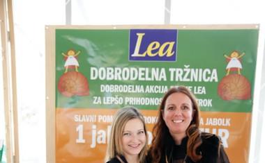 Jabolko po 1 evro za otroke društva Hiša zavetja Palčica!