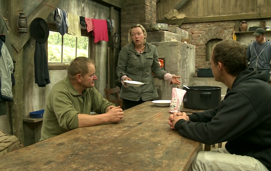 Fantje so se odločili, da mora s kmetije iti ženska. Ni važno katera! (foto: Planet TV)