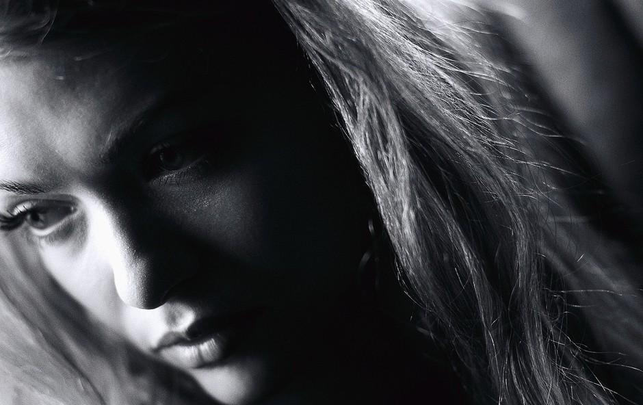 Depresija je več kot le globoka žalost (foto: profimedia)