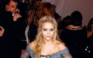 Mary-Kate Olsen: Poročila sta se v zakajenem stanovanju