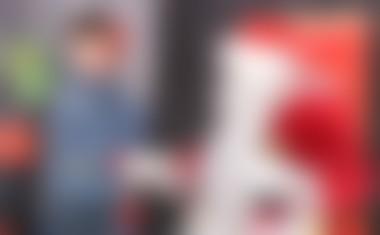 Silvester Javornik je kot Božiček razveselil otroke v šolskem centru Lava