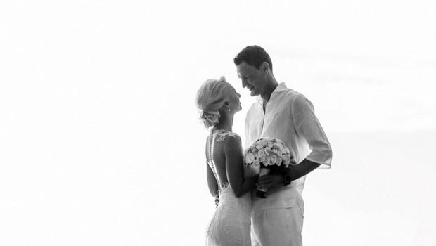Parček si je poročne  zaobljube izrekel že  na sončnih Filipinih.  (foto: Osebni arhiv)