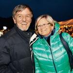 Ob strani mu ves čas zdravljenja stoji žena Irena, s katero sta srečno poročena že 33 let, mladostno energijo pa mu vlivajo tudi vnučki.  (foto: Lea Press)
