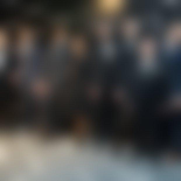 Jurij Zrnec, Tin Vodopivec, Rok Ferengja, Bojan Emeršič, Andrej Šifrer, Matjaž Kumelj, Luka Mulec na odru v Sensu