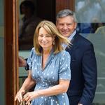 Odkar se je njuna hči poročila s prestolonaslednikom, sta zakonca Middleton deležna kraljevega tretmaja. (foto: Profimedia)