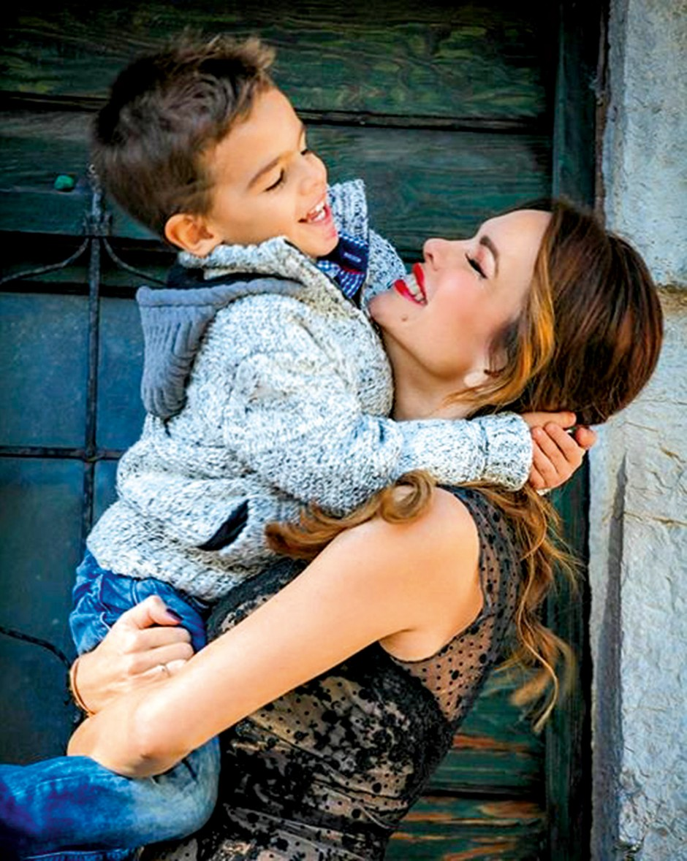 Severina Kojić po mesecu dni za 15 min videla sina, nato pa ji je policija napisala kazen (foto: osebni arhiv)