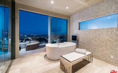 Nicole Scherzinger: Nov dom v Hollywoodu