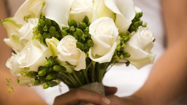 Letošnji poročni šopki naj bodo v krem barvi (foto: profimedia)