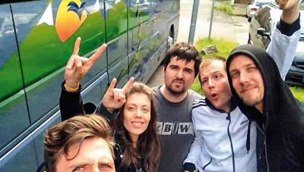 Tako je videti skupina, ko je po 16 urah vožnje končno prišla na cilj. (foto: osebni arhiv)