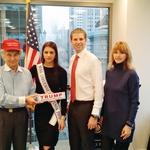 Ana je stike z dinastijo Trumpovih navezala že ob  prejšnjem obisku Amerike, ko se je z Erikom  srečala tudi na sedežu kampanje Donalda Trumpa. (foto: Profimedia)
