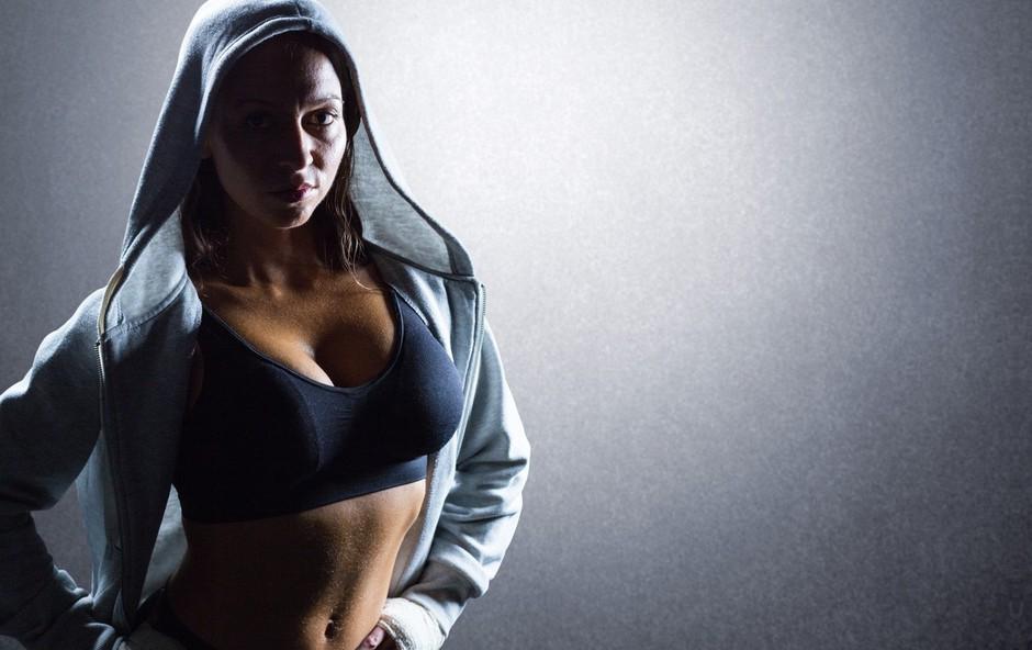 Trenerka, ki jo ljudje obsojajo, da nima prave fitnes postave (foto: profimedia)