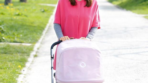 Karin, sicer  direktorici podjetja  Organika +, je tudi  po porodu uspelo  ohraniti vitko postavo.  (foto: Nika Arsovski)