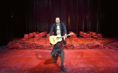 Jurij Zrnec: Blestel na odru