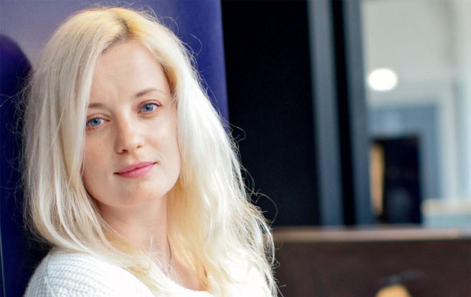 Ajda Smrekar se sprosti v Tivoliju (foto: Goran Antley)