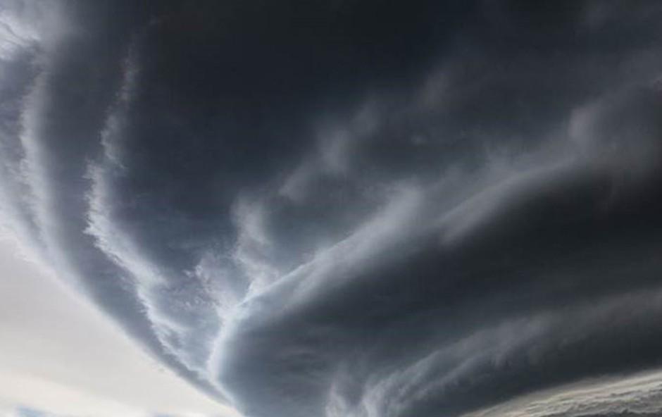 Supercelični nevihtni oblak; foto: Marko Korošec  (foto: Marko Korošec )