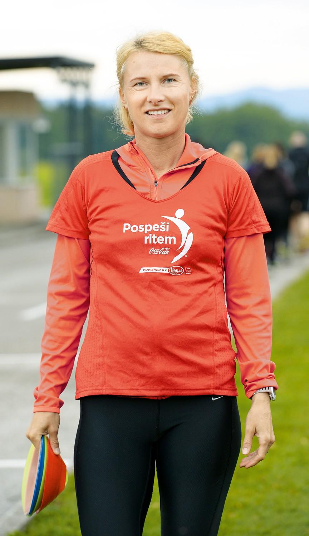 Brigita je eden od treh tekaških inštruktorjev, ki v okviru Coca-Colinega projekta 'Pospeši ritem' delajo na Brdu. (foto: Primož Predalič)