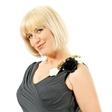 Nina Valič: Bo zamenjala kariero?
